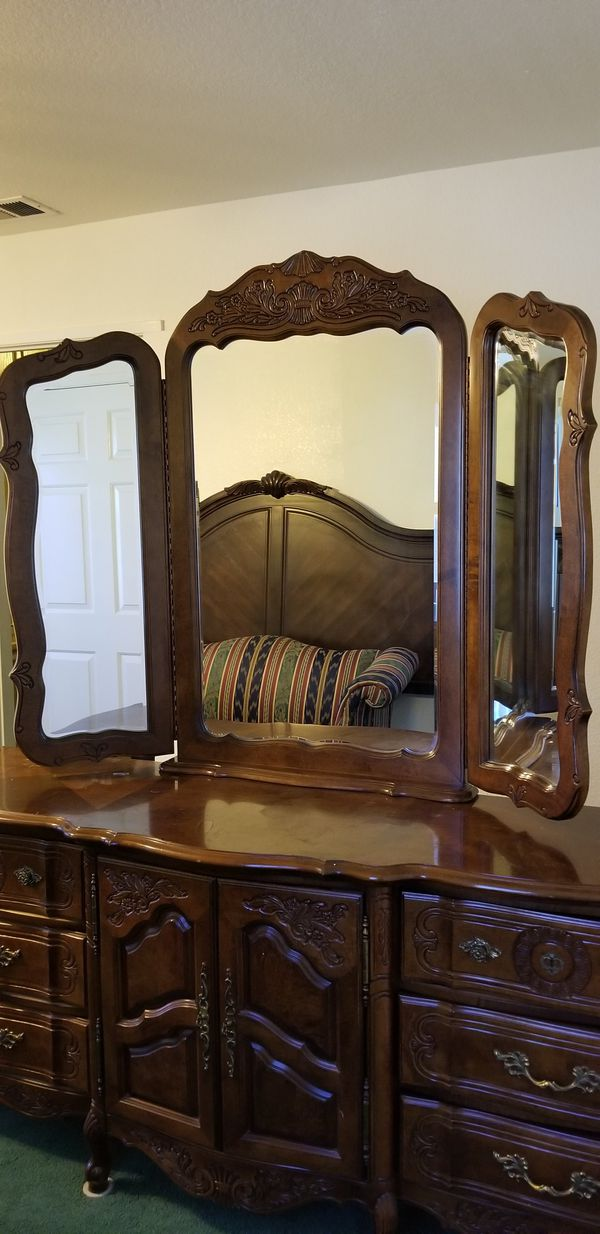 Stanley Furniture Dresser Mirror Only Corona Ca Pick Up For Sale