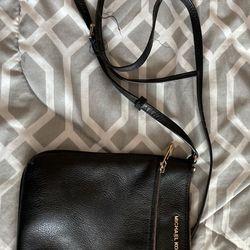 Authentic Michael Kors Handbag Thumbnail
