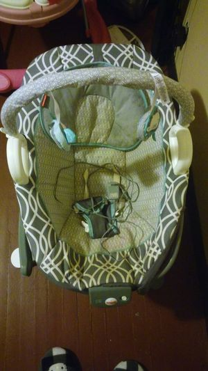 Fisher price electric swing for Sale in Detroit, MI