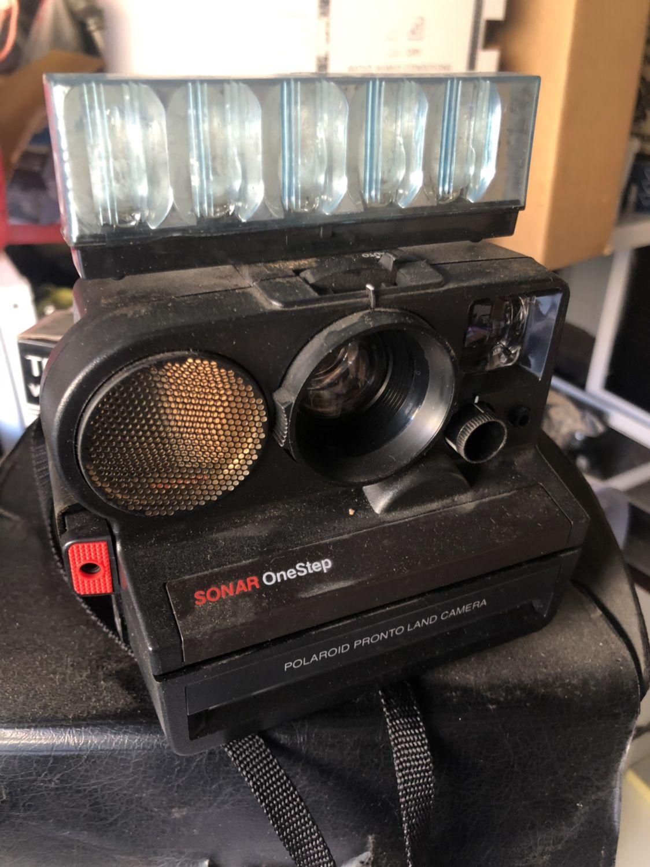 Vintage Camera Sonar Onestep Polaroid SX 70 Sonar OneStep Instant Film Camera With Flashbar