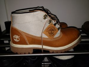 Timberlands size 9.5 for Sale in Takoma Park, MD