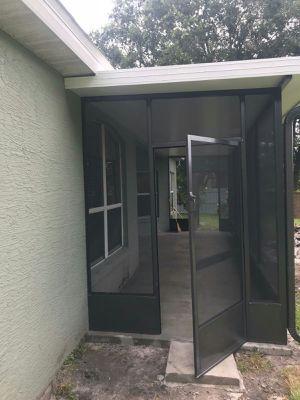 9 venta de material de aluminio panel insolación puertas de Screen lanai piso for Sale in Kissimmee, FL
