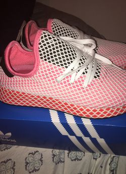 Adidas size 8 1/2 women Thumbnail