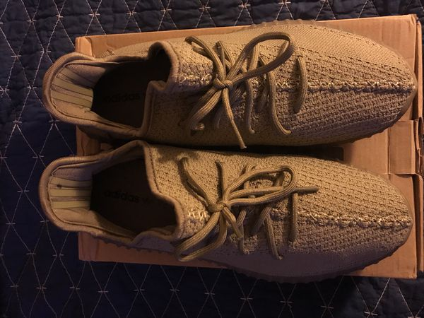Yeezy Boost 350 Mens Size 10 Shoes for Sale in Aurora, CO - OfferUp