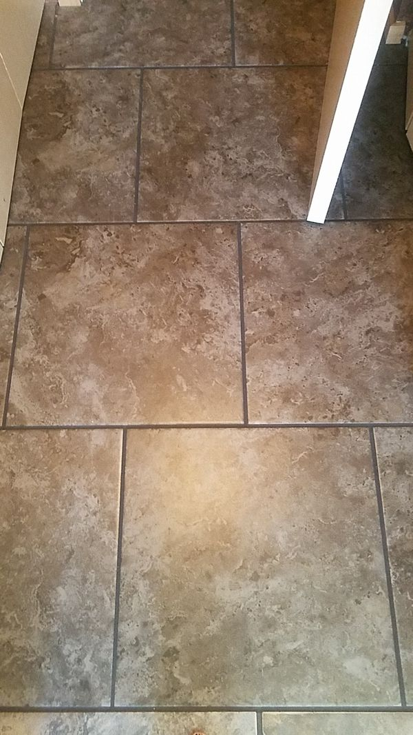 Ashland 18x18 floor tiles 400sq feet (Home & Garden) in Auburn, WA ...