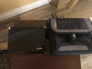 ACER Aspire one mini laptop with charger & carrying case for Sale in Los Angeles, CA
