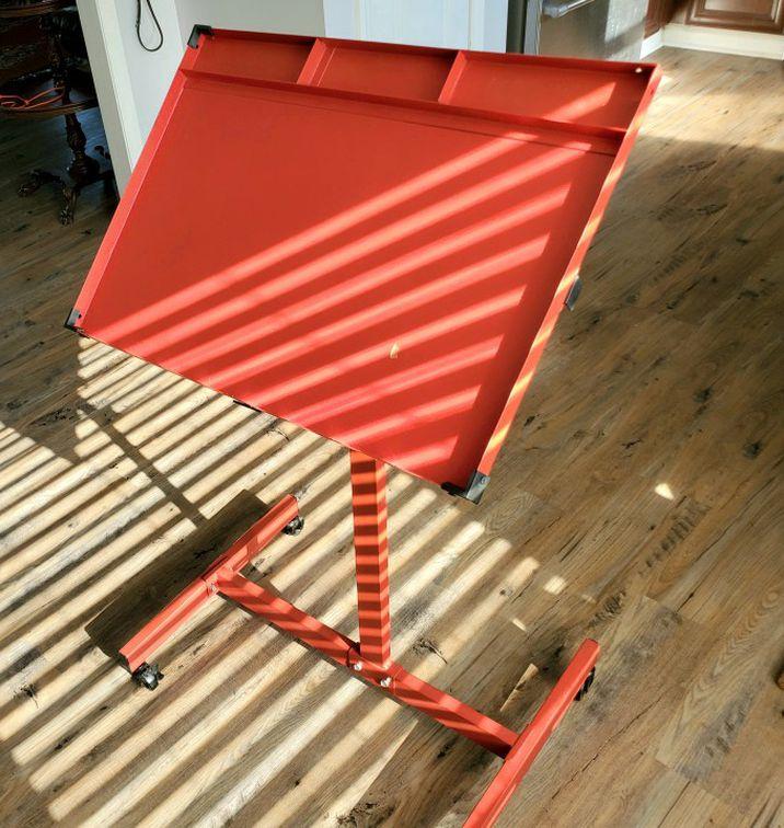 Red Metal Art Drafting Table