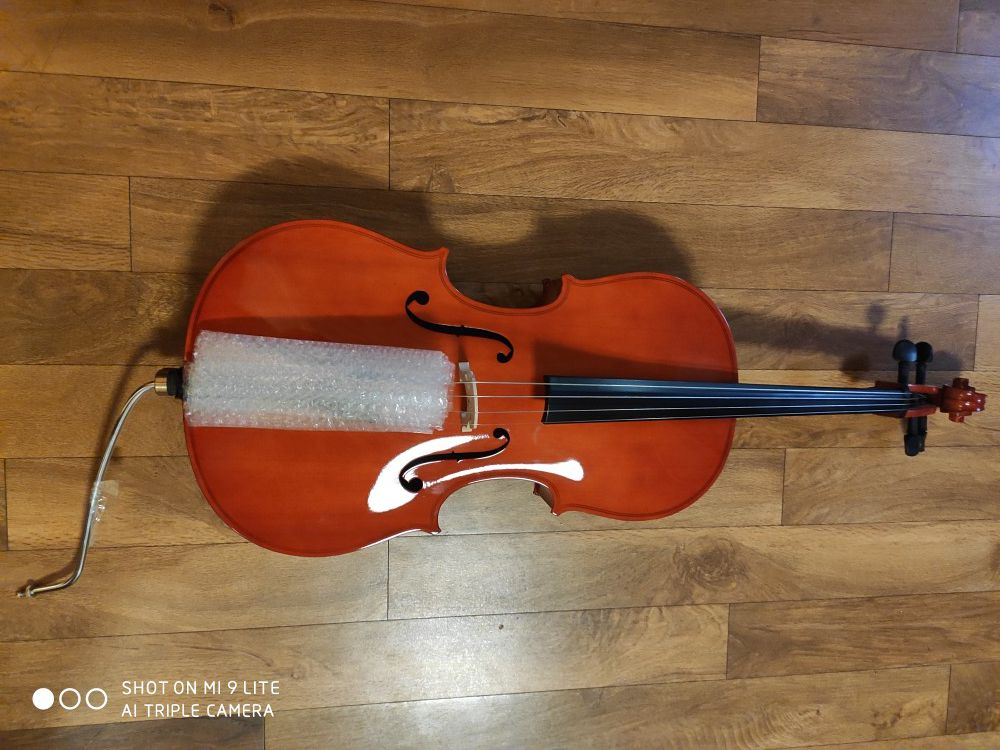NEW Cecilio CCO- Cello with case, Bow, Rosin, Bridge and extra set of strings, 1/4 size for kids, Natural color