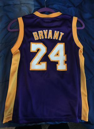 official photos d9e98 b5776 Kobe Bryant jersey kids large for Sale in Orlando, FL - OfferUp