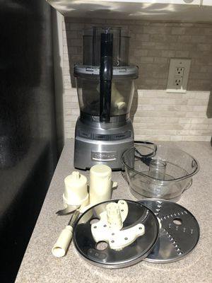 Cuisinart food processor for Sale in Atlanta, GA