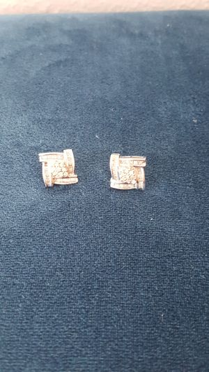 JUST REDUCED.. MUST SELL White Gold Diamond Earrings .. ESTATE SALE for Sale in Mount Dora, FL