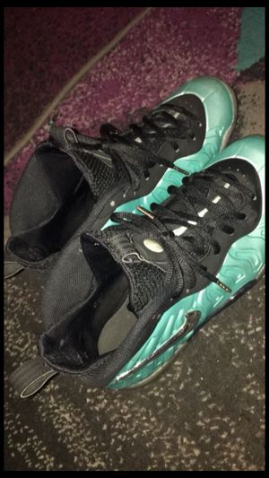 island green foams size 7 for Sale in Columbus, OH