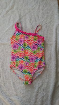 Girls Size 7-8 swimsuit Thumbnail