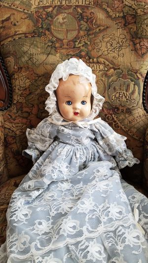Antique doll for Sale in Waxahachie, TX