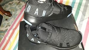 Jordan trainer pro size :10 for Sale in Kissimmee, FL