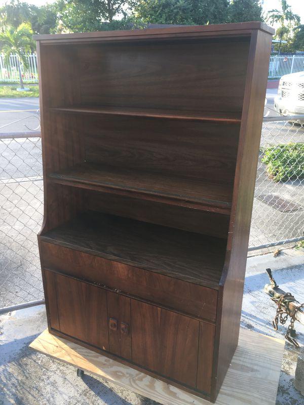 Kitchen Cabinet for Sale in Hialeah, FL - OfferUp