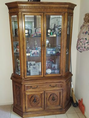 China cabinet showcase for Sale in Olney, MD
