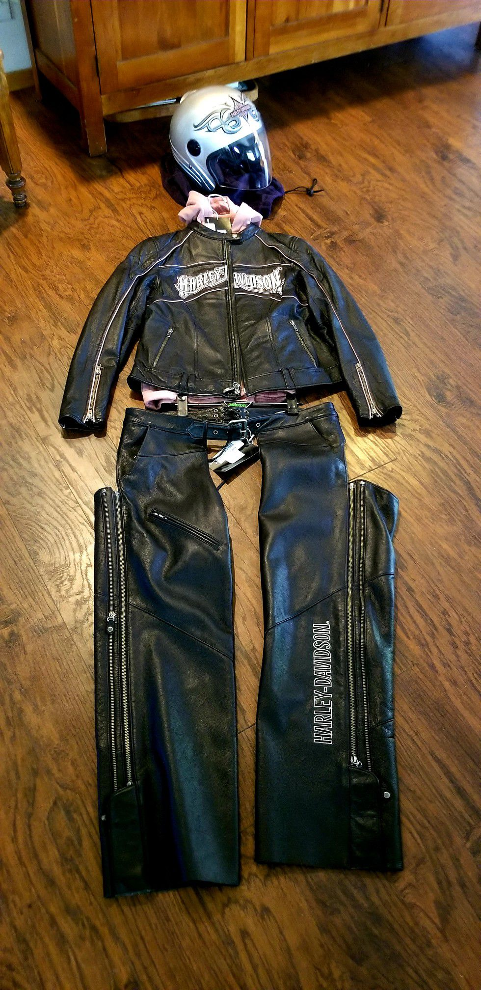 Photo Harley Davidson Leather Jacket, Chaps, and Helmet