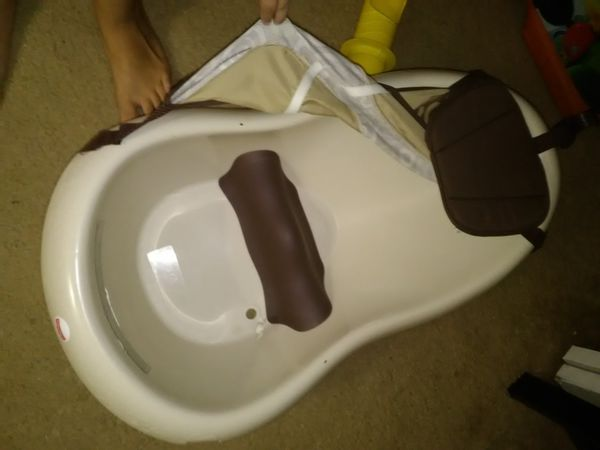 Vibrating Baby Bath for Sale in Edgewater, FL - OfferUp