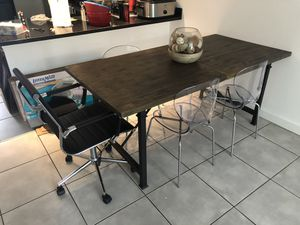 Beautiful Wooden Table and Chair Set for Sale in Miami, FL