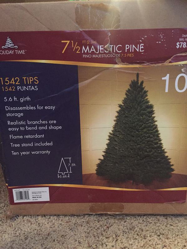7 1/2 ft Majestic Pine Artificial Christmas Tree - 7 1/2 Ft Majestic Pine Artificial Christmas Tree For Sale In