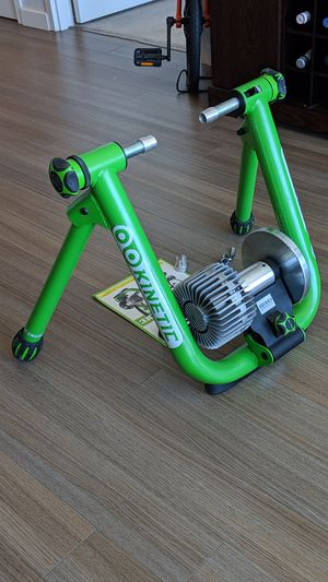 Fluid Bike Trainer >> Kinetic Road Machine 2 0 Fluid Bike Trainer New For Sale In San Francisco Ca Offerup