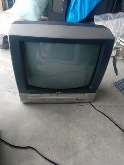 TVs and some hockey gears make me an offer Thumbnail