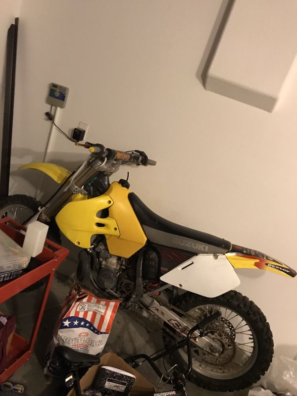 1999 rm 250 need gone!!