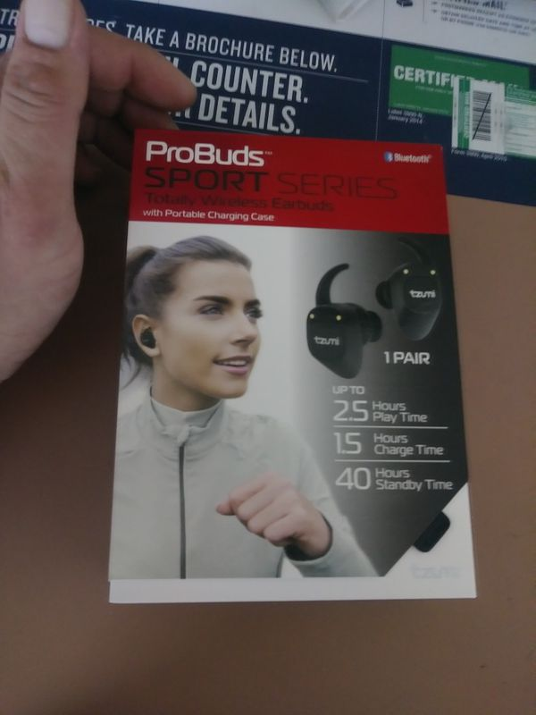TZUMI probuds sport series totally wireless earbuds with portable charging  case for Sale in Bethlehem, PA - OfferUp