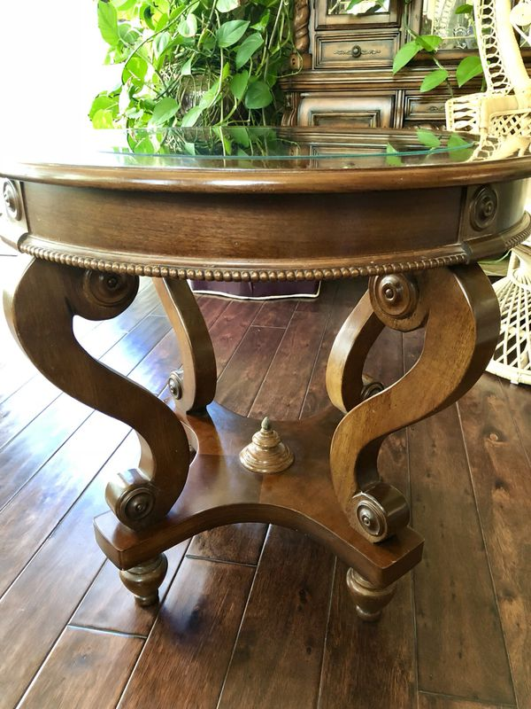bfe02fc9339c1 Wood   Glass top end table for Sale in Tecumseh