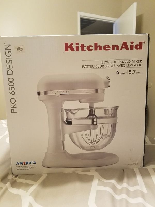 Tremendous Kitchenaid Mixer Pro 6500 Ksm6521Xmw For Sale In Bakersfield Ca Offerup Home Interior And Landscaping Ponolsignezvosmurscom