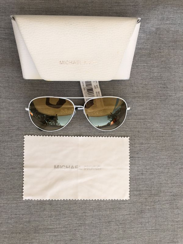 c34dc3962c2 New Authentic Michael Kors MK Sunglasses for Sale in Tampa