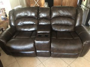 FREE 2 couches for Sale in Maitland, FL