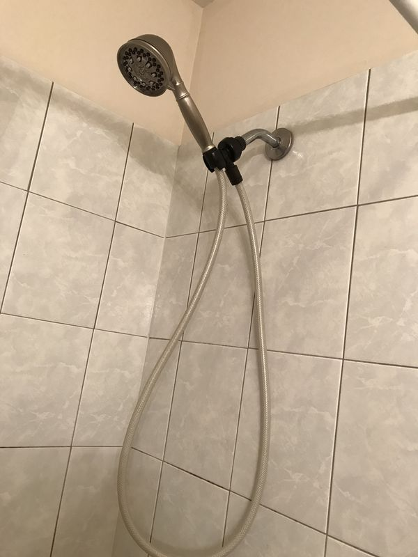 Shower head with wand for Sale in Chicago, IL - OfferUp