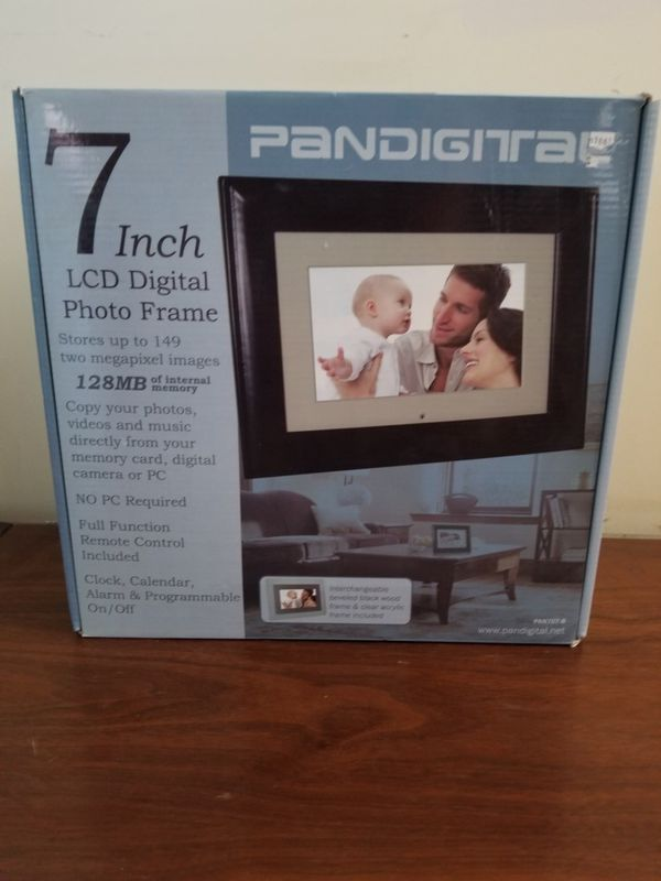 Pandigital 7 Inch Lcd Digital Photo Frame For Sale In Temple City