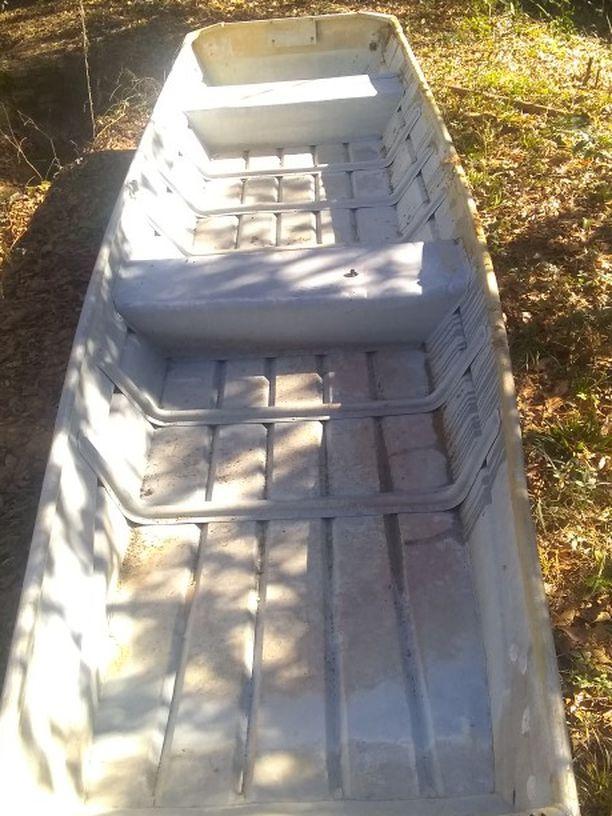 Photo 14 Ft Aluminum Jon Boat