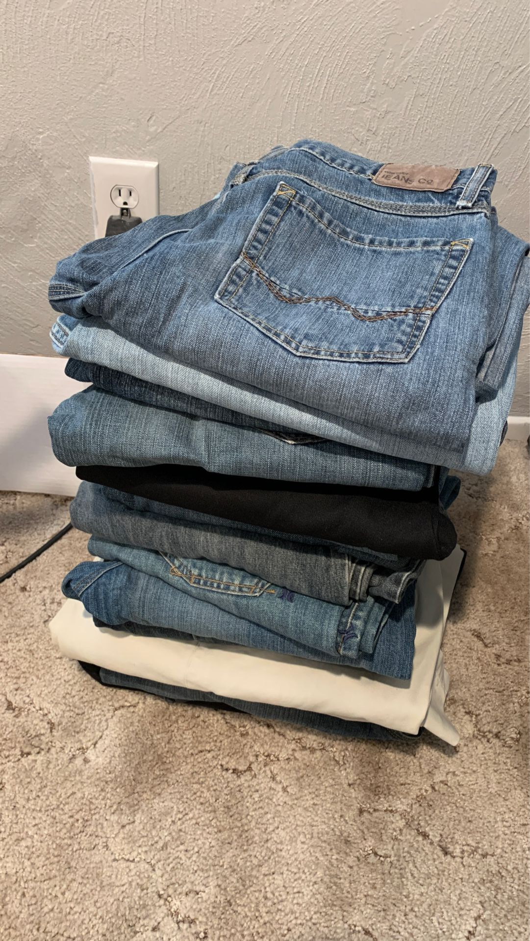 Lot of men jeans