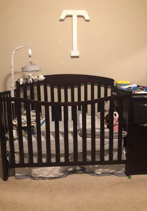 Baby crib for Sale in Lansdowne, VA