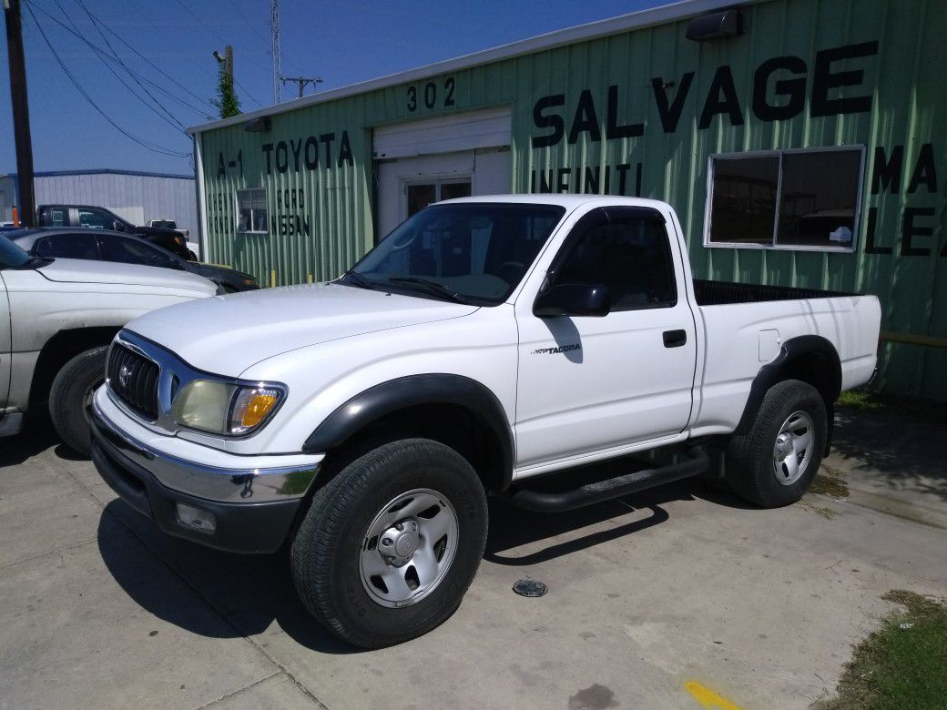 2001 Toyota Tacoma 121,000 miles