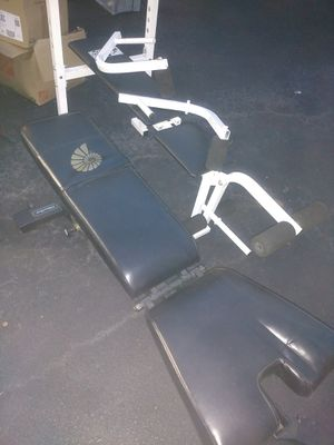 Weight benches (2) weight plates, and weights for Sale in Manassas Park, VA