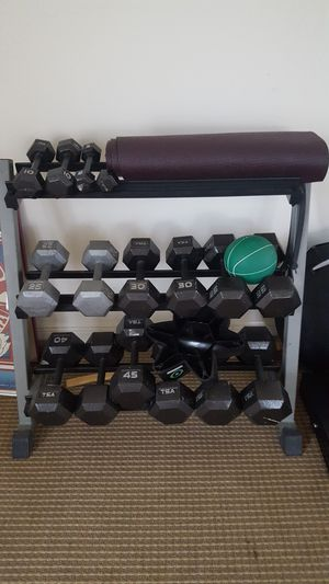 Weight lifting set for Sale in Eustis, FL
