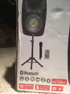 QFX WIRELESS SPEAKER WITH STAND for Sale in Chantilly, VA