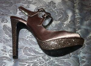 Iridescent colored heels for Sale in Detroit, MI