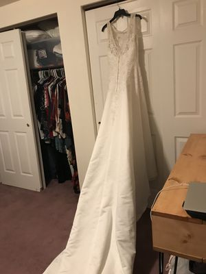 Wedding Gown for Sale in Fenton, MO