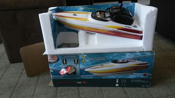 R/C boat donzi for Sale in Wildomar, CA - OfferUp