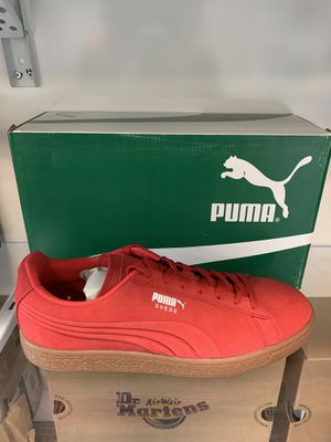 f8a1697f04380 Puma Suede Emboss men size 8.5 to 10.5 for Sale in Montclair, CA