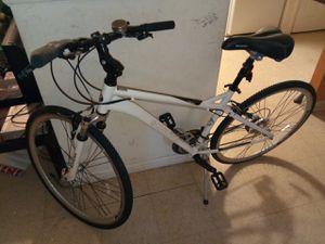 Schwinn moutian bike for Sale in Oxon Hill, MD