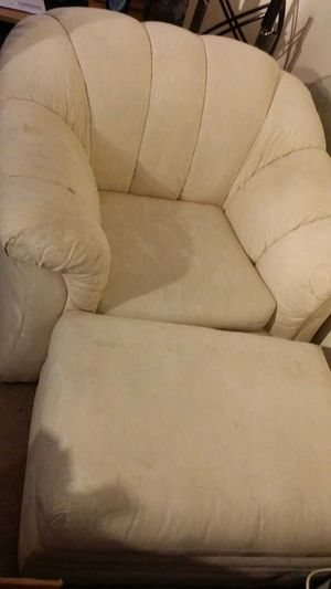 4-Piece Living Room set WHITE for Sale in Baltimore, MD