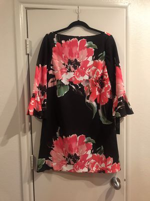 BRAND NEW NWT Tahari Floral Dress for Sale in Dallas, TX