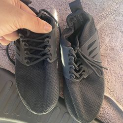 Never Worn Size 13c Boy Shoes Thumbnail